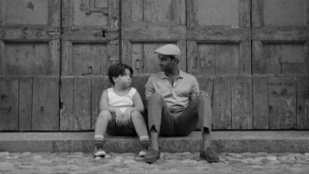 Master of None 02x01 : The Thief- Seriesaddict